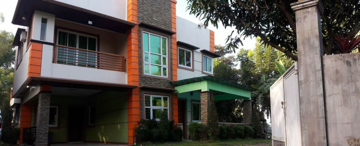 Collantes Vacation Home in Bulacan - San Rafael - Dom wakacyjny
