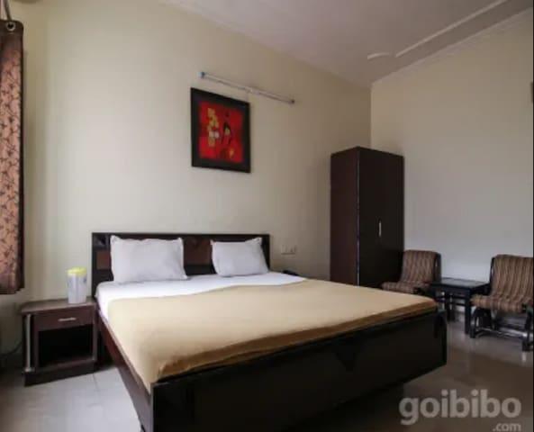 Hotel Utsav(Executive Room)