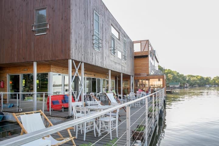 Floating Double Room -Danube Spirit