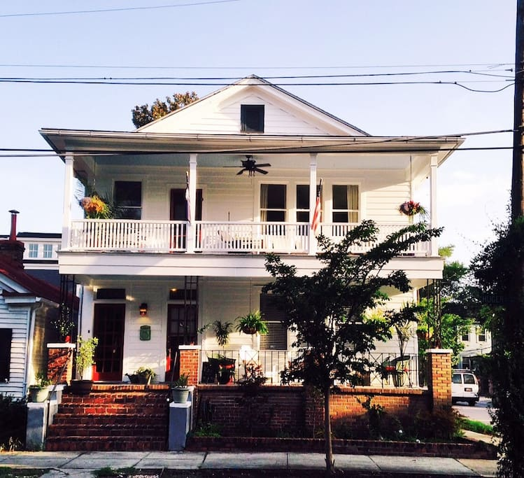 Charleston Sc Homes: Large Dwnt Home-Read Great Reviews!