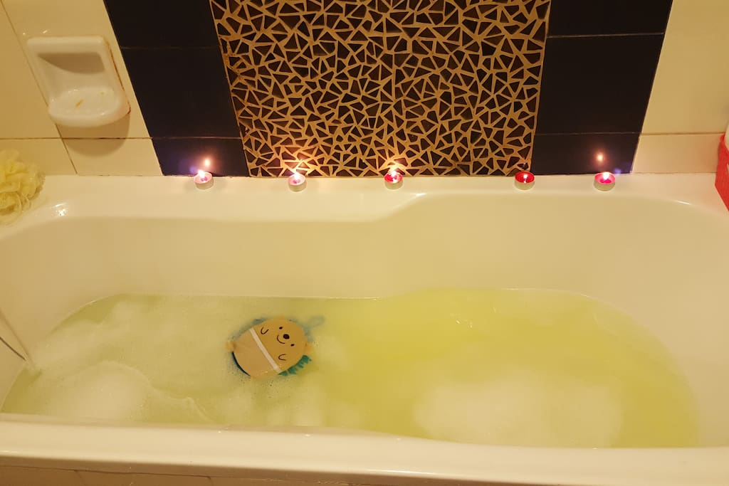 Bath Tub, Enjoy hot both,  We also have Suana Room and Steam Room in the Building