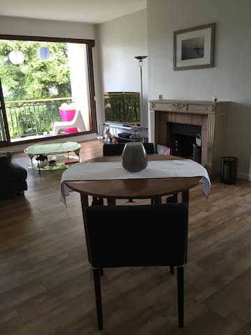 AGREABLE APPARTEMENT PROCHE DE VERSAILLES - Noisy-le-Roi - Apartamento