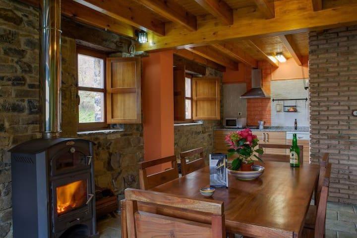 Llananzanes Rural - Llananzanes