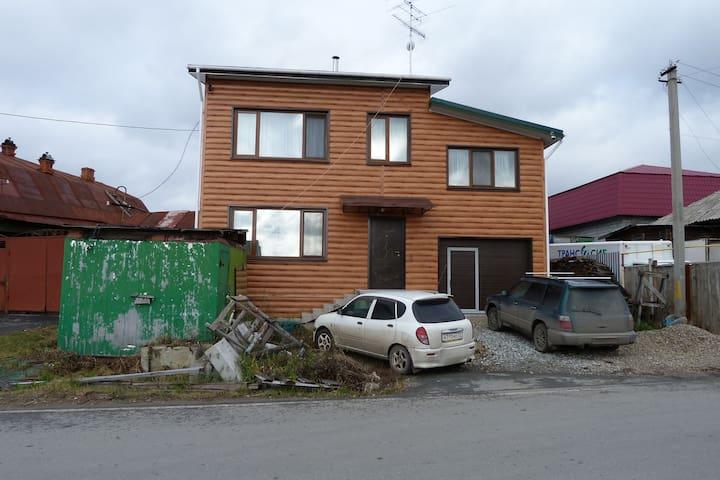 Коттедж в районе Мыс - Tyumen - Casa