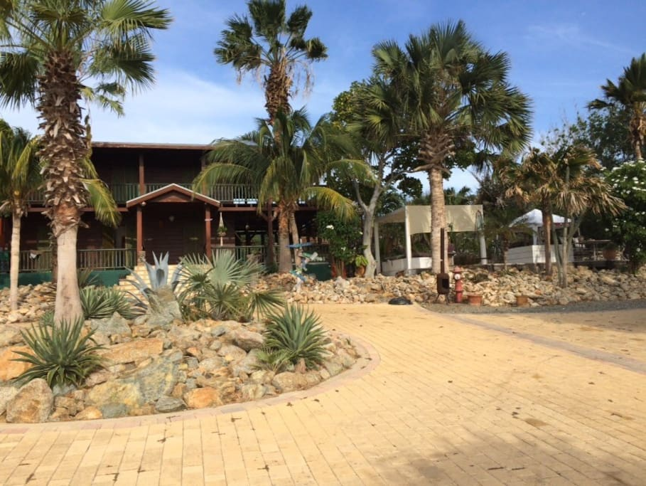 Welcome to Villa Luna LLena
