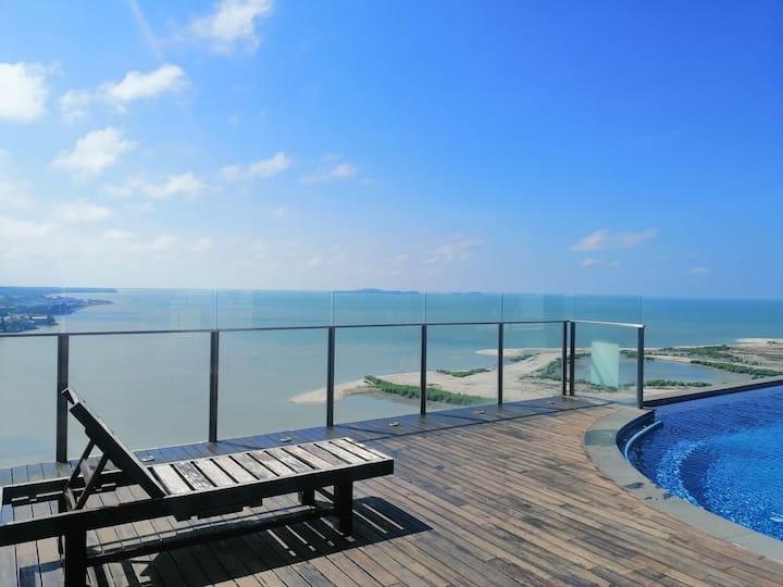 Luxury Family Seaview Home @ Infinity Pool