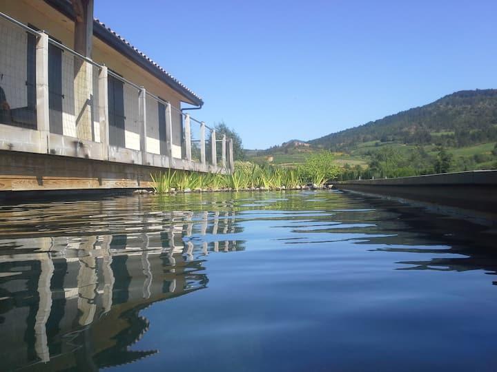 Maison des Lévriers 4* & zwemvijver, Katharenland