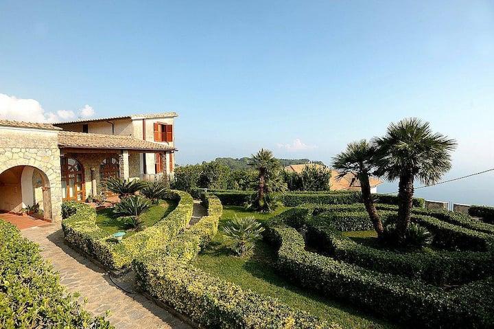 Villa Mabella