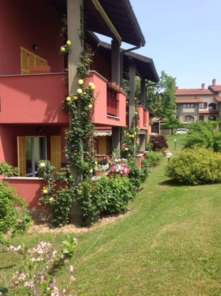 Entire Apartment in a Golf Course - in Piedmont