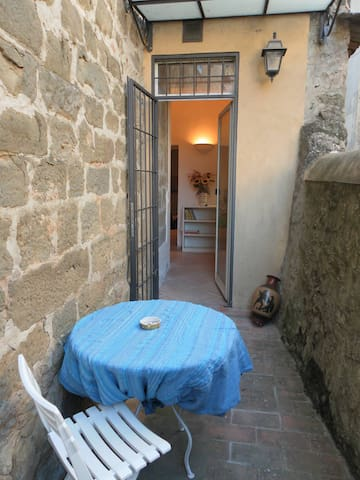 Typical house in medieval village - Greve in Chianti - Apartmen