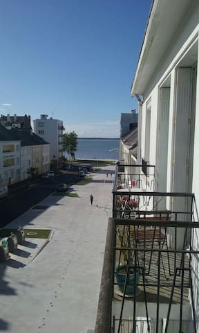 Tiny Apartment Near the Waterfront - Saint-Nazaire - Apartmen