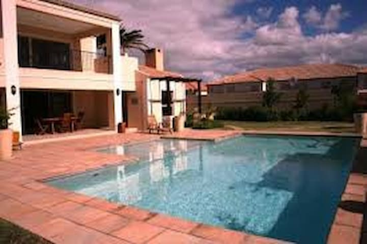 Stunning, Safe & Secure - Cape Town - Daire