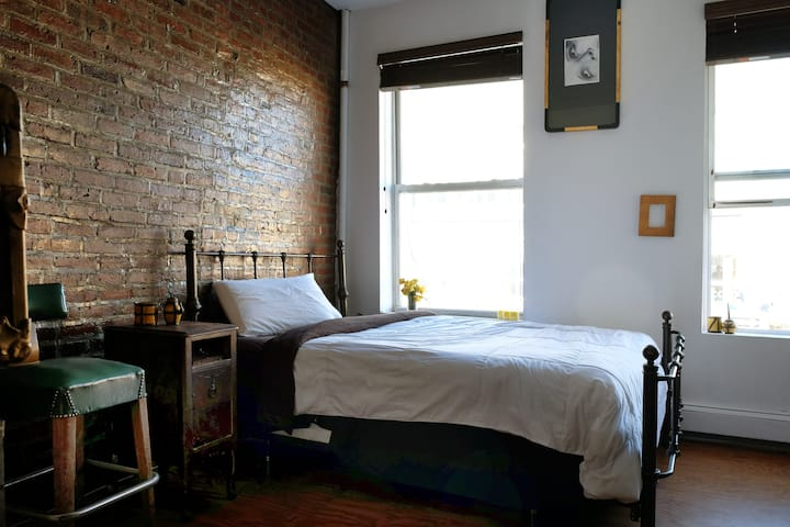 1-BR In ONE-OF-A-KIND, EXPOSED-BRICK LOFT w/ VIEWS