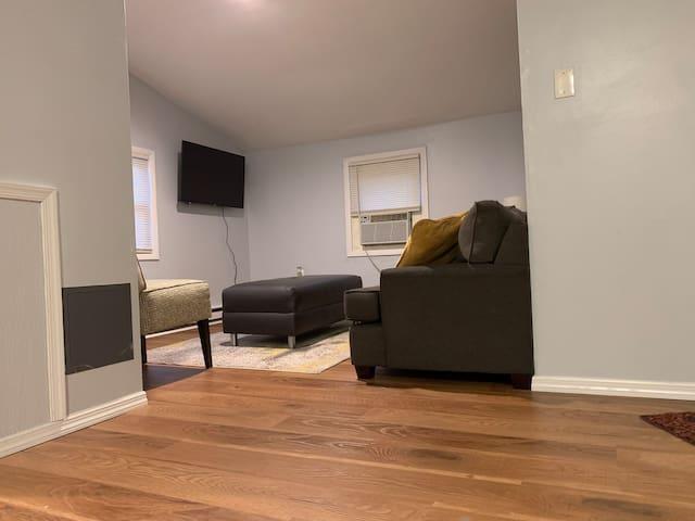 Cozy living room w/ FireTV