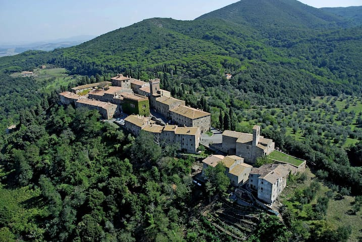 Your Villa near the hamlet - Ponteginori, Montecatini Val di Cecina - Villa