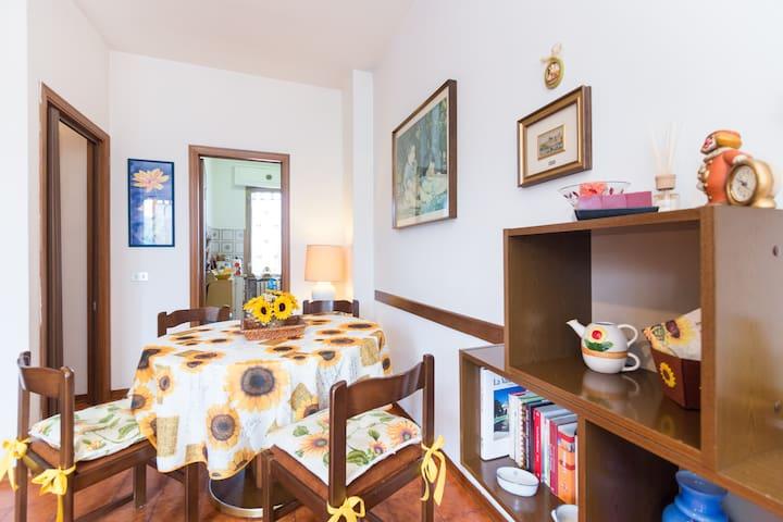 il girasole' con Wi-Fi - Montecatini Terme - Lägenhet