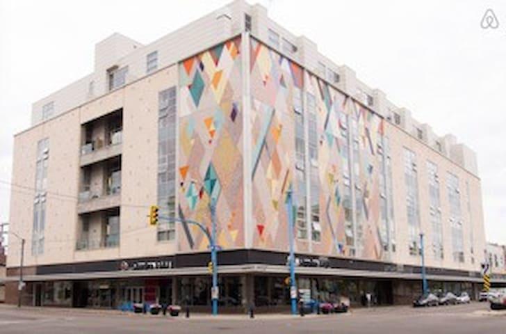 Executive Chic Loft Downtown - Saskatoon - Huoneisto