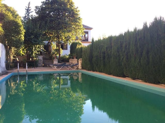 Charming huge villa, stunning views - Granada - Villa