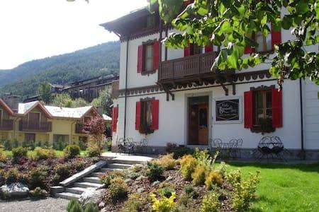 Bed & breakfast Villa Brioschi - Aprica - Bed & Breakfast