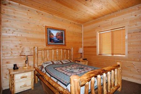 Rustic Cabin Getaway Large Cabin - Coalville - 小木屋
