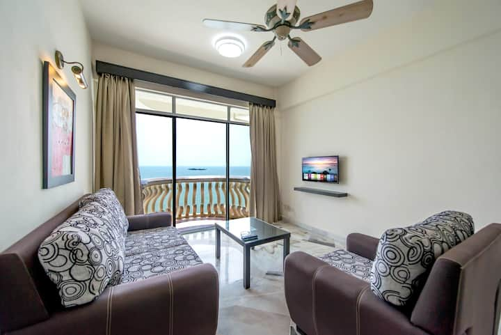 3 Bedroom Apartment Seaview