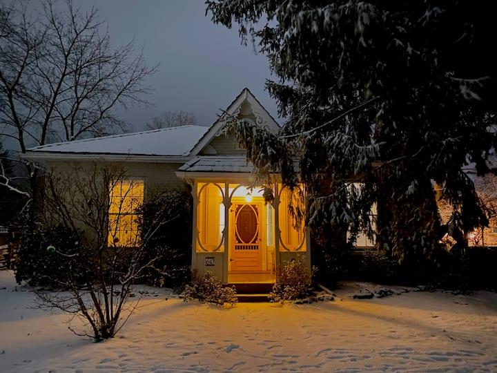 Elora Heritage House