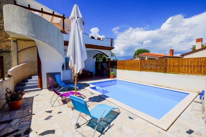 Kuća Paulotta - Haus mit Pool
