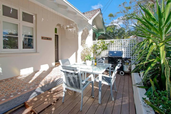 Manly Beachside 2 Bedroom House