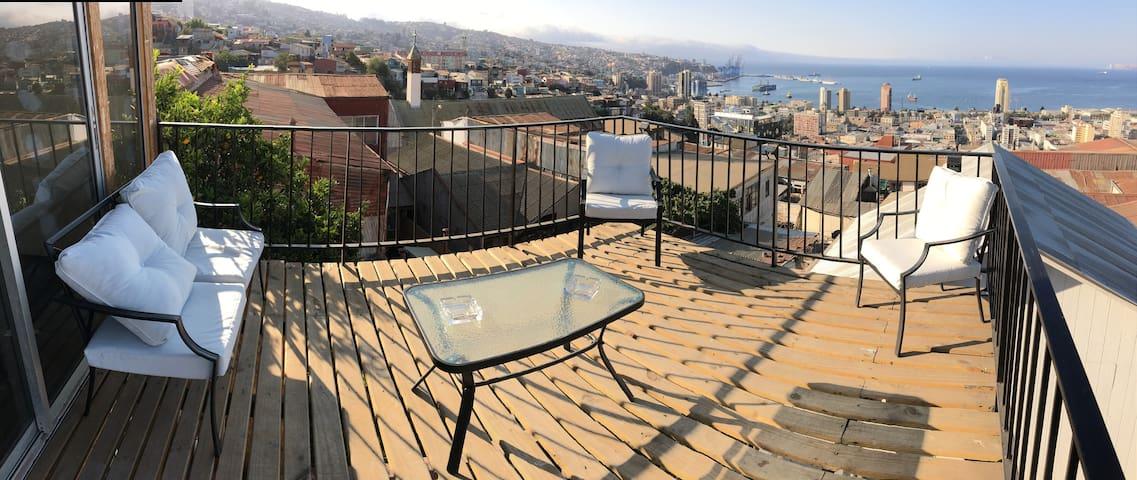 Habitaciones Valparaíso Cerro Mariposa
