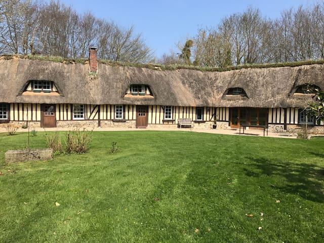 Superbe maison Normande - Saint-Georges-du-Vièvre - 一軒家