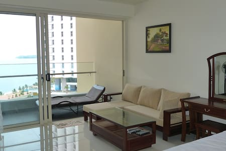 Sea view studio in 5*building The Costa  Nha Trang - Nha Trang - Lejlighed