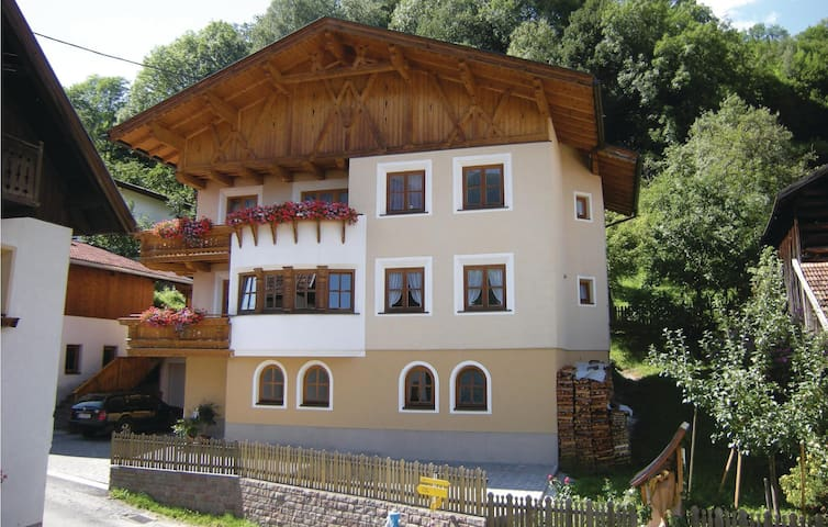 Holiday apartment with 2 bedrooms on 64m² in Pians