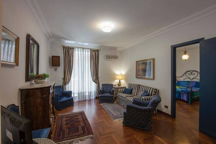 20 meters from Massimo Thetaer - Palermo - Wohnung
