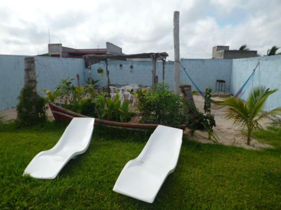 Alojamiento con piscina privada departamentos en for Alojamiento con piscina