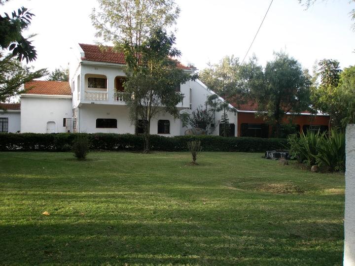 Bouganvilla Farmstay - Nakuru