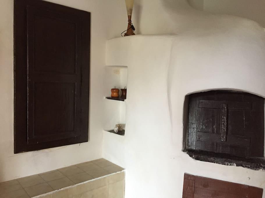 Cucina e vista antico forno