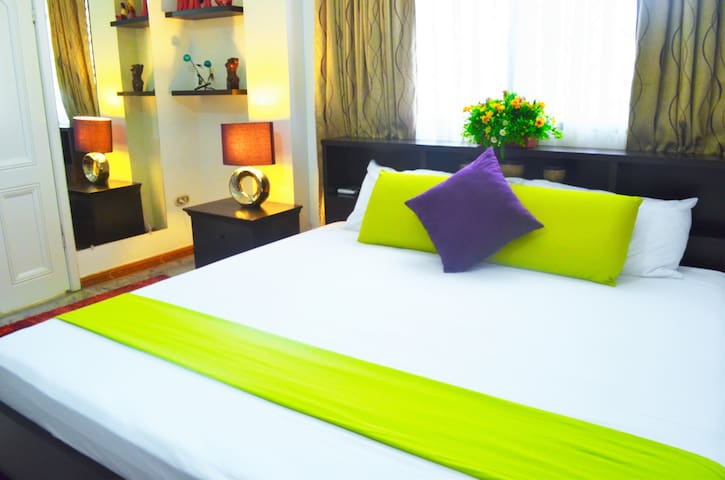 SUITE IN FRONT OF THE AIRPORT - Guayaquil
