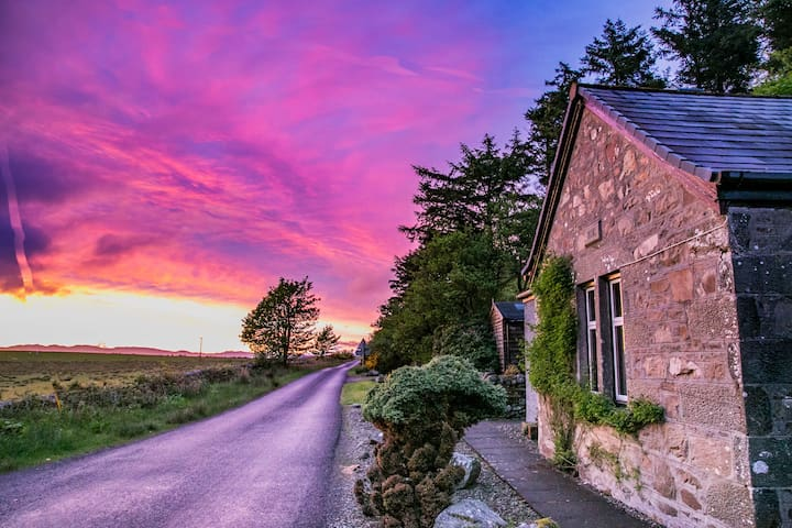 The Lodge, Kilberry - Dog Friendly Cottage