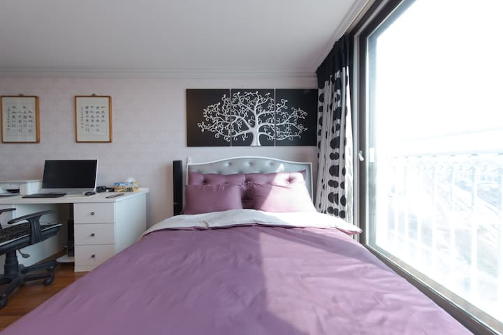 Cozy, shiny & specious double room - Paju-si - Departamento