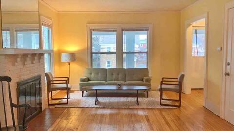 New York room near Westcott & SU