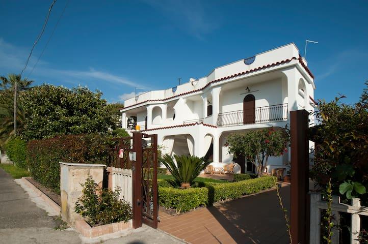 First floor of beautiful Sea Villa - Nocera Terinese - 別荘