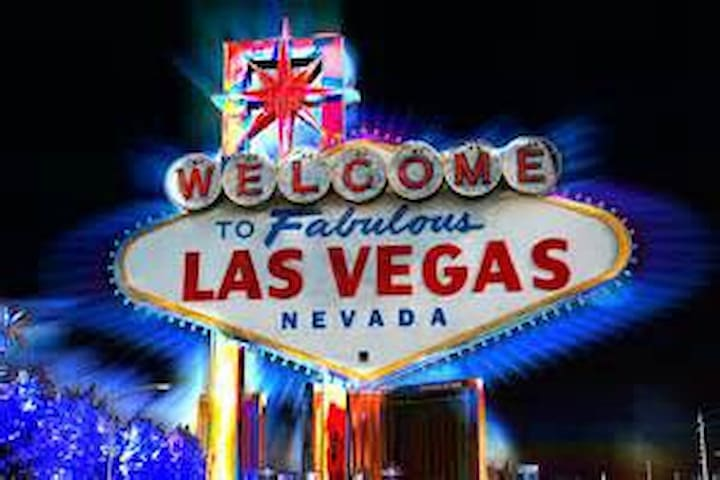 Home away near the strip - Las Vegas - Condominium