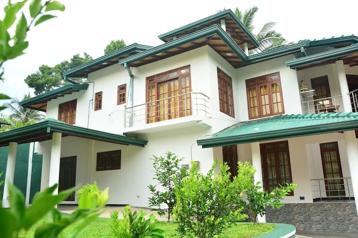 Seven Luck Palace Kandy