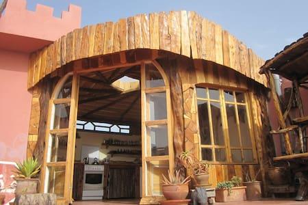Casa Guapa Tamuziga -studio terrace