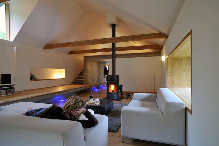 Chalet en pierre rénové - La Grave - Casa