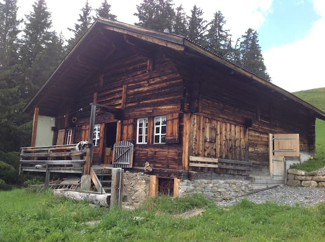 little house in Simmental Valley - St Stephan - Alpstuga