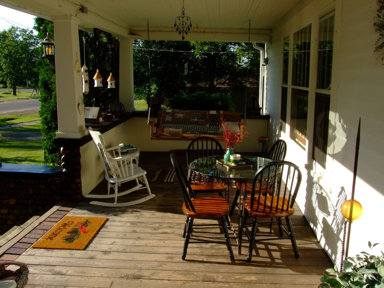 Relax on Cobblestone`s front porch swing!