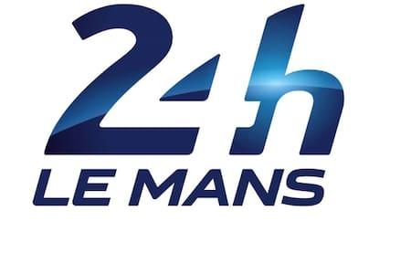 Chambre 24h du Mans (c) - Arnage