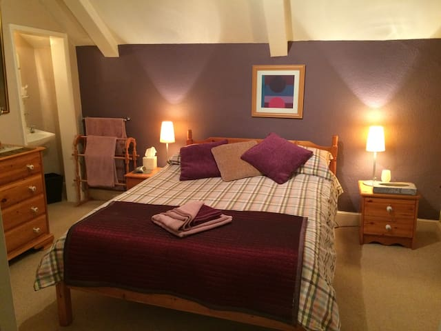 B&B - cosy Norfolk Broads Farmhouse - Norfolk - Casa