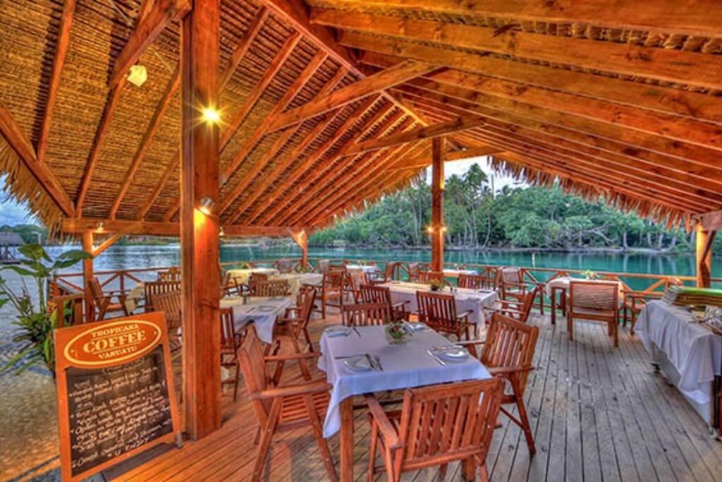 Over-Water-Restaurant